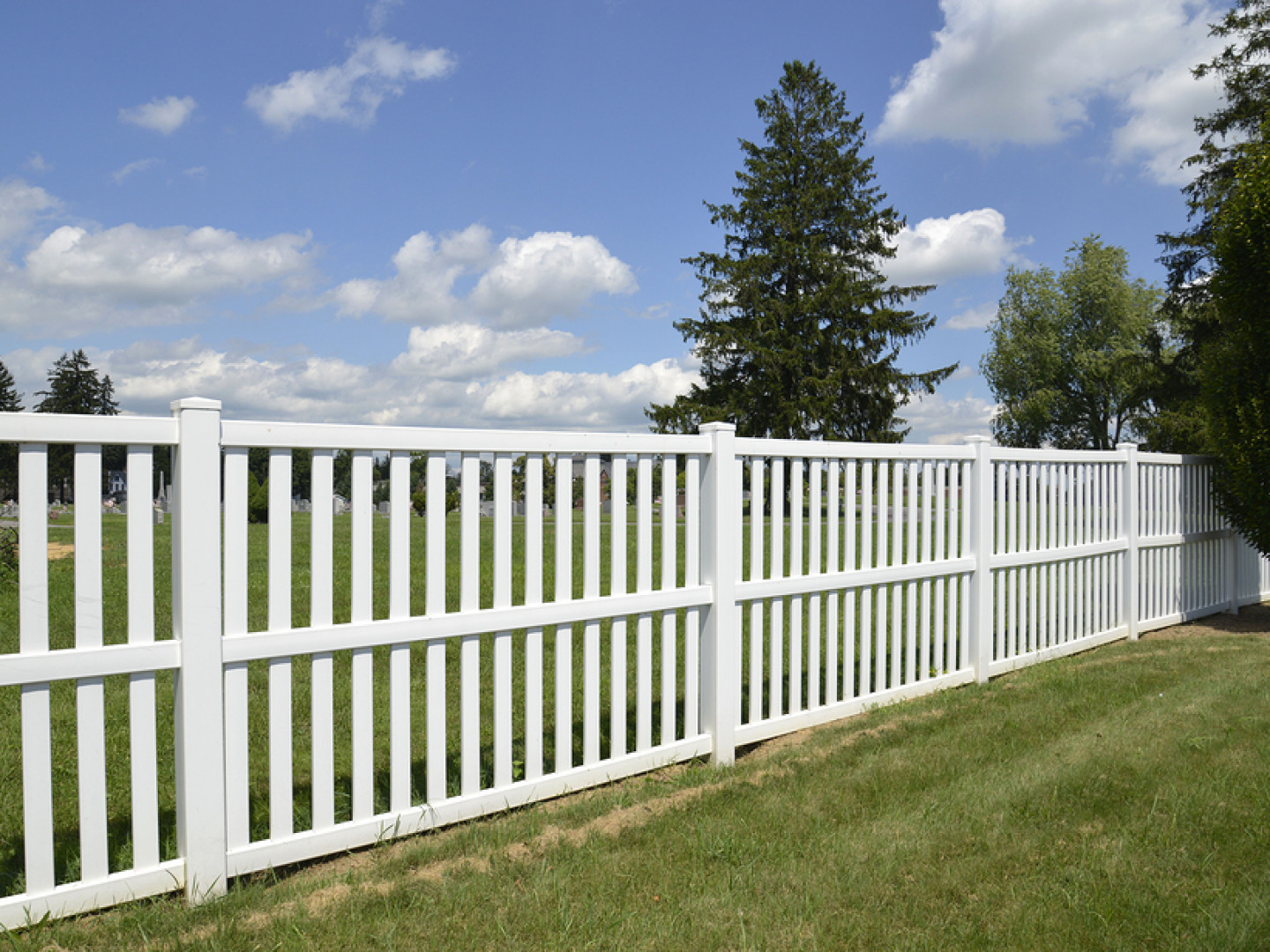 Vinyl fencing is a popular choice for homeowners